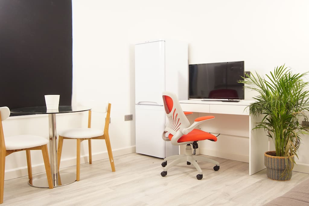 Rooms To Rent At Swindon