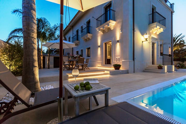 Explore Sicily from a Lux Apartment & Private Pool