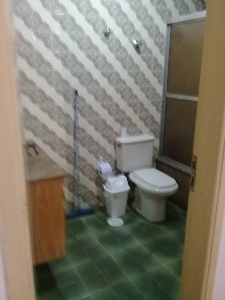 dormitório compartilhado com suíte