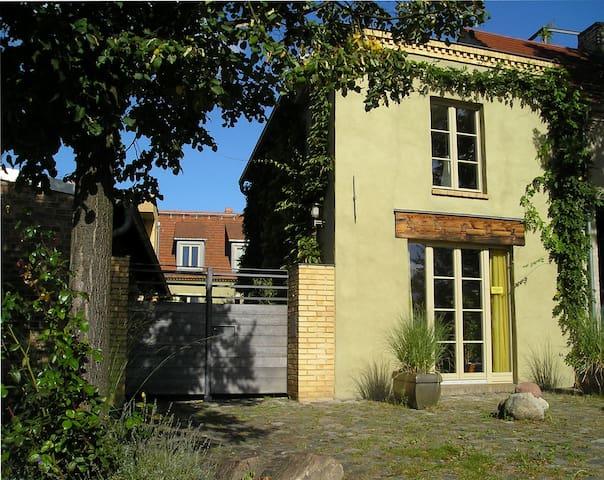 Uferhaus-Werder, eine liebevoll sanierte Remise