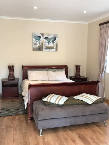 Modern and Cosy Northcliff