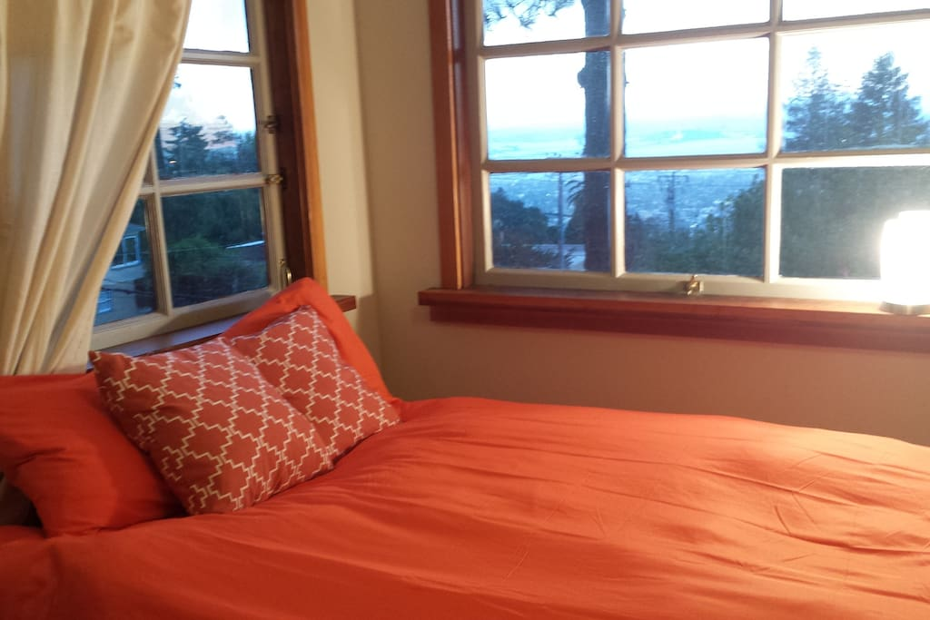New pillows and curtain