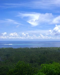 Paradiso hillside;Amazing room view to whit island - Camiguin Island - Bed & Breakfast