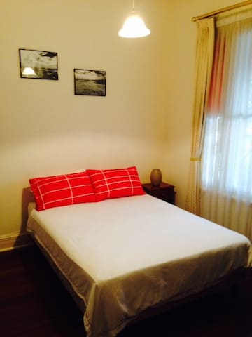 Beautiful Room in Mt Lawley - Mount Lawley - House