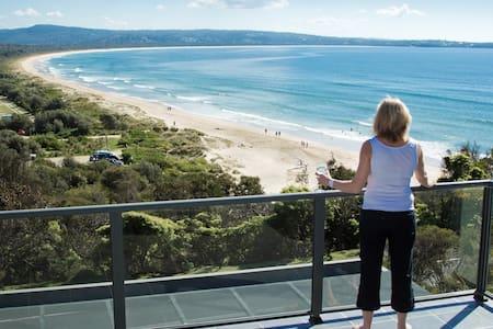 Ocean Reach, Pambula Beach - Pambula Beach - Radhus