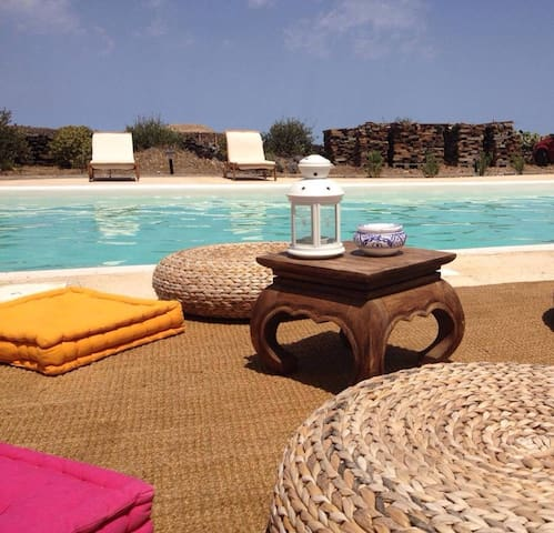 I Dammusi di Kharuscia - Scirocco - Pantelleria - Huvila