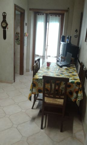 Single room, between Rome and Castelli Romani Park - Albano Laziale - Apartamento