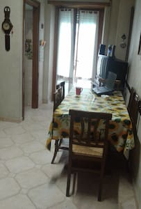 Single room, between Rome and Castelli Romani Park - Albano Laziale