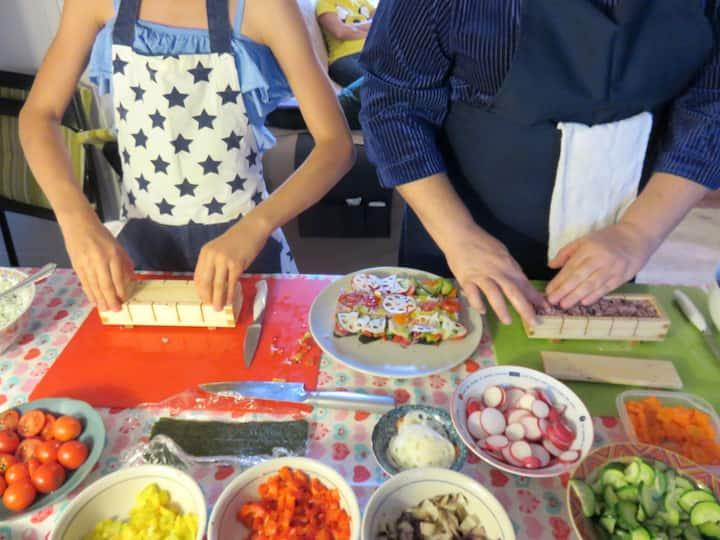 Making Oshi Sushi (Pressed Sushi)