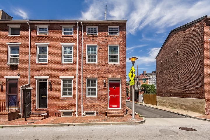 Row Home in Heart of Federal Hill