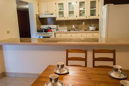 Fabulous Condo in Tumon(C)!!! - Tumon - Apartmen