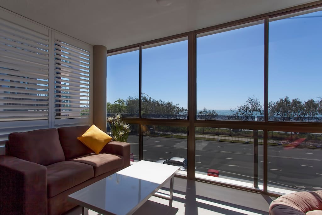 Sun-room with views over the beach