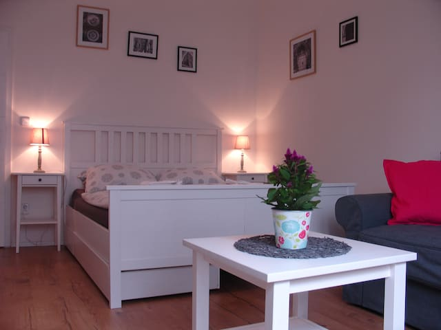 New cosy apt., 10min to the historical center,wifi