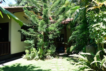 Isuri Villa - Kalutara - Huis