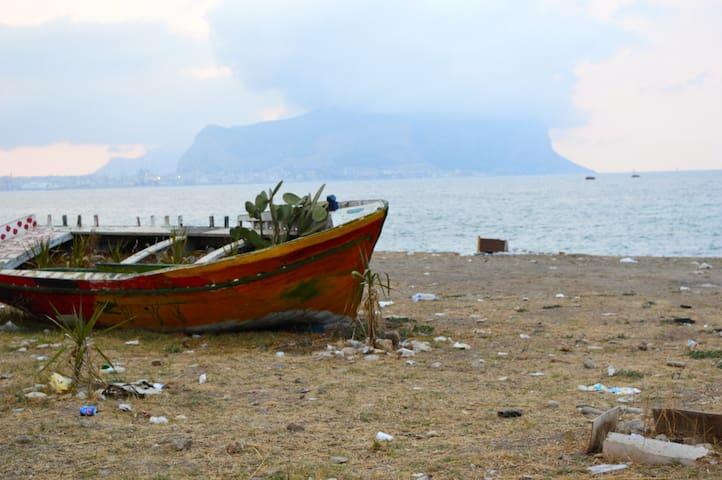 Accogliente casa con vista mare - Palermo
