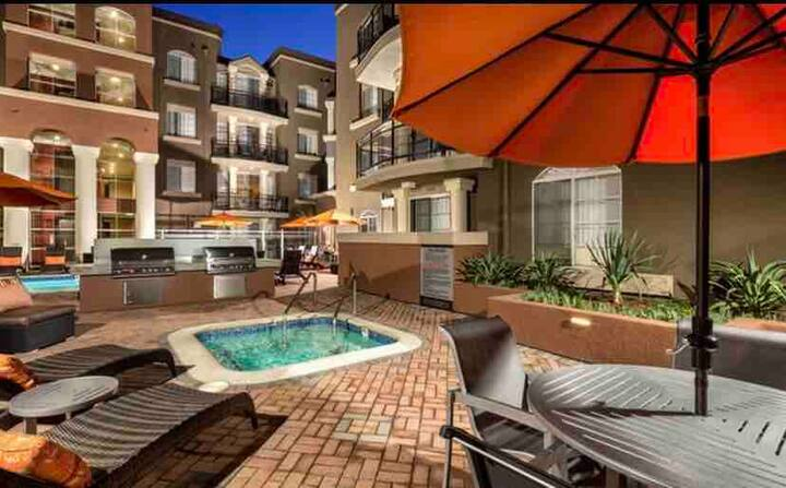 Upscale Luxury West Hollywood 1Bed 1Bath