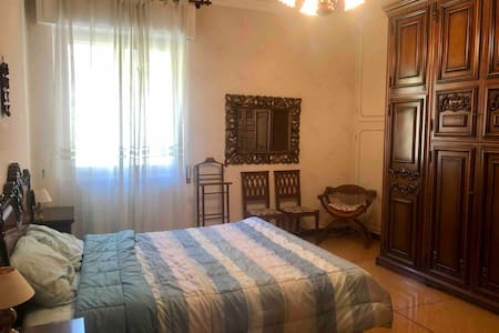 Cozy room in Genova near the Bolzaneto station