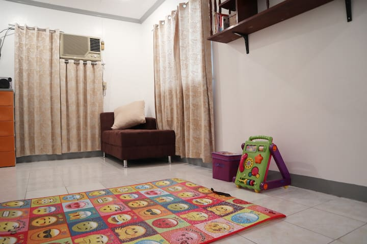 Family-Friendly Home | WiFi + Cable TV