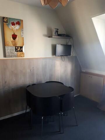 Petit appartement pour 4 au Marais