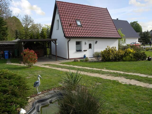 Ferienhaus für 4 Pers in Klein Kedingshagen R6160