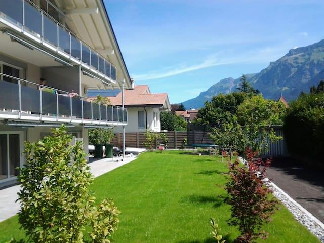 Ideally situated spacious flat in Interlaken - Matten bei Interlaken - Appartement