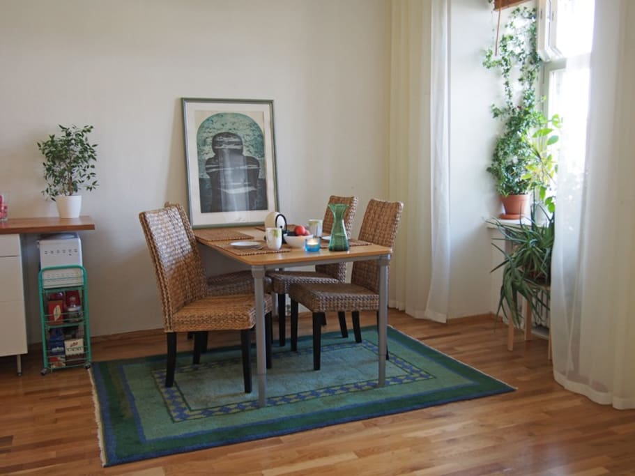 The apartment was built in the 1920s, and has high ceilings, hardwood floors and many original features.