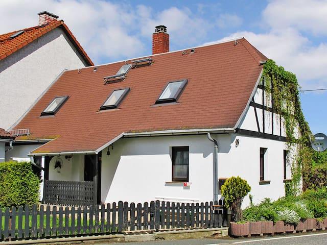 Ferienhaus im Oberland - Drognitz - Talo