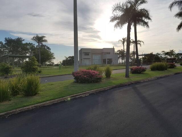 Condominium in San Bernardino - San Bernardino - House