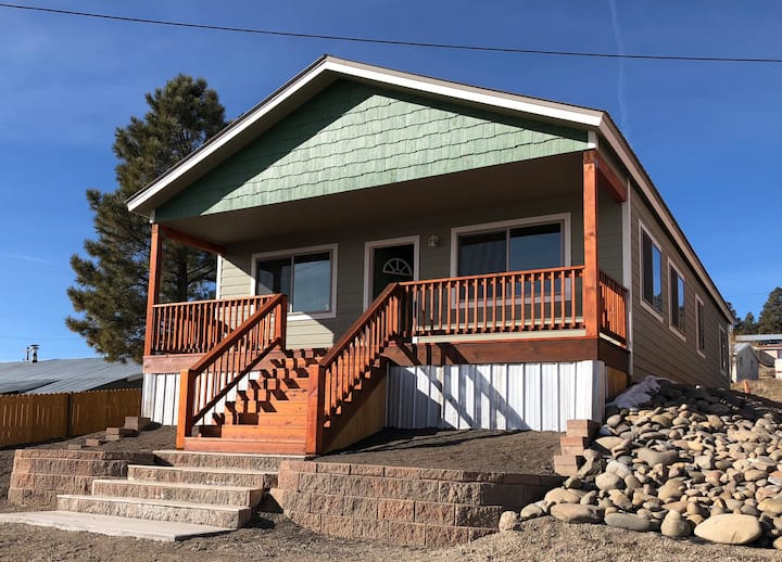 New Downtown Pagosa Springs 3BR Home