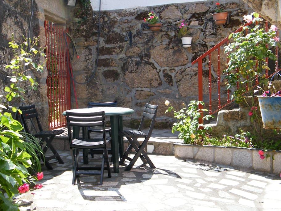 patio con barbacoa