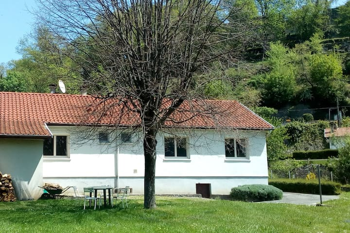 maison au pied de Saint-Lizier