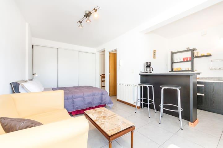 Departamento estudio en el centro - San Carlos de Bariloche - Apartamento