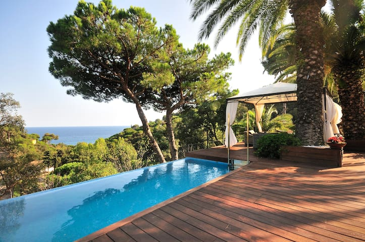 Luxury at your Fingertips - Tossa de Mar - Dom