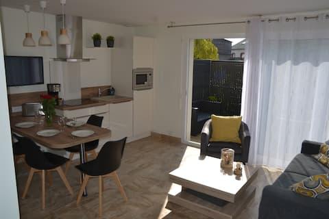 Agréable appartement avec terrasse  plein centre