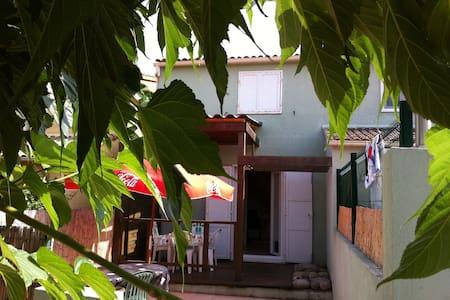 appartement à 150 m de la mer - Poggio-Mezzana