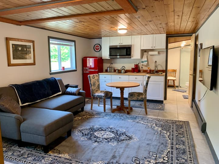 NEW Couples Ski Getaway Near Whiteface