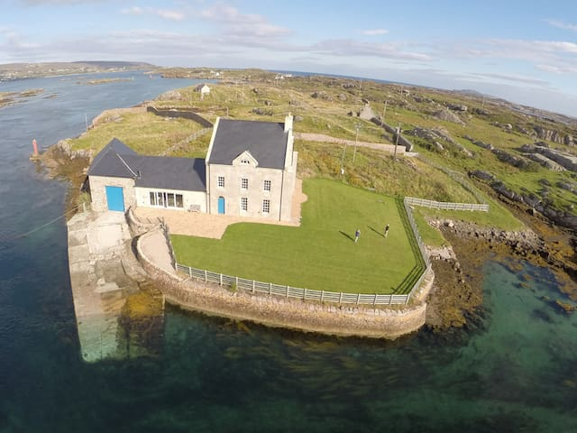 Fabulous historic island eco-house - Burtonport - Ev