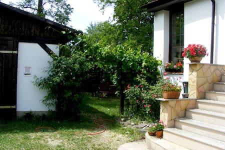 Urlaub im Grúnen und Seengebiet - Wandlitz - House