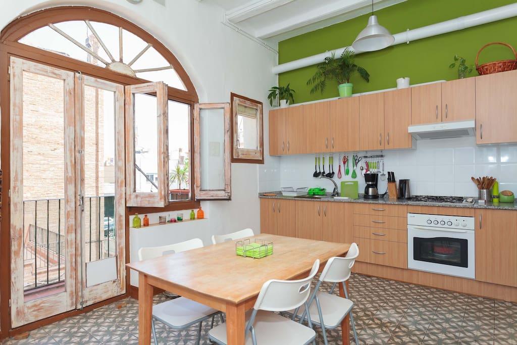 Habitaci n doble double room appartamenti in affitto a for Appartamenti barcellona affitto annuale