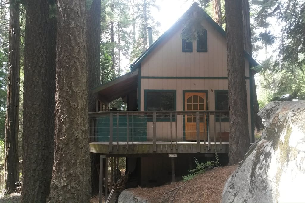 A Cabin Retreat Cottages For Rent In Sequoia National
