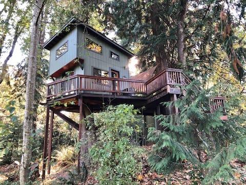 Casa na árvore com vista panorâmica