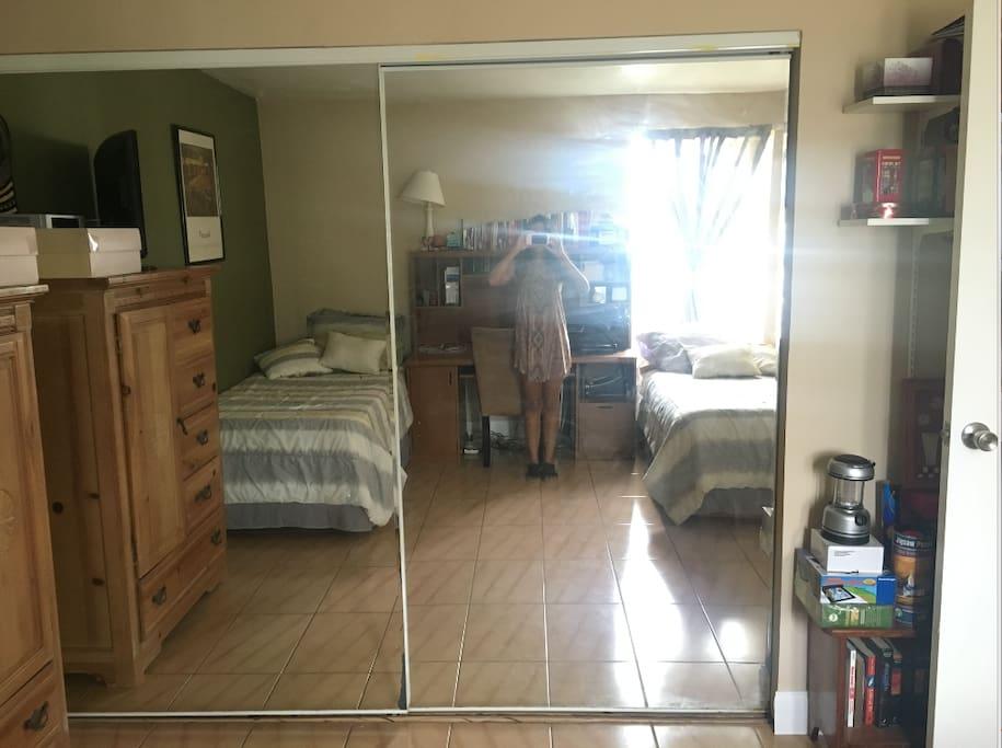 Bedroom closet mirrors