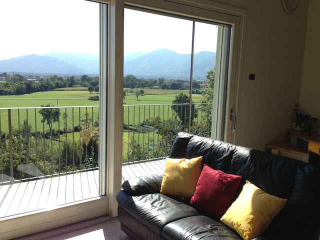 Family Room next to Caselle - San Carlo Canavese - Daire