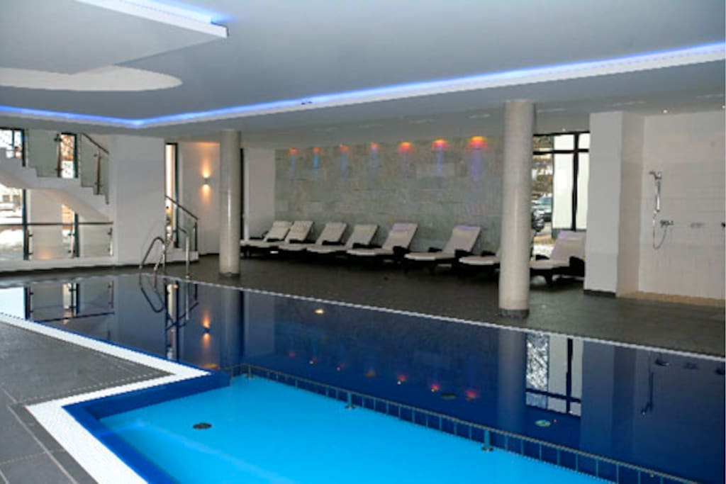 Relax in the onsite FREE pool & spa