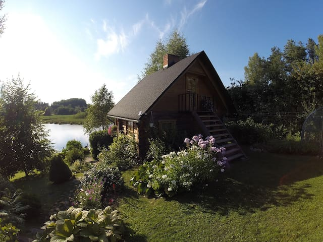 Beautiful wooden sauna house - Maaritsa - Casa
