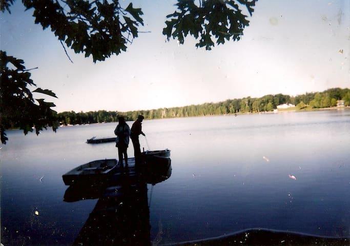 Cottage on Little Island Lake