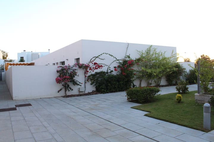 Apartamento con jardín en la Fontanilla