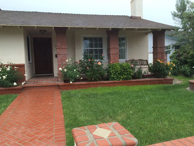 Beautiful Home in the heart of Torrance!!
