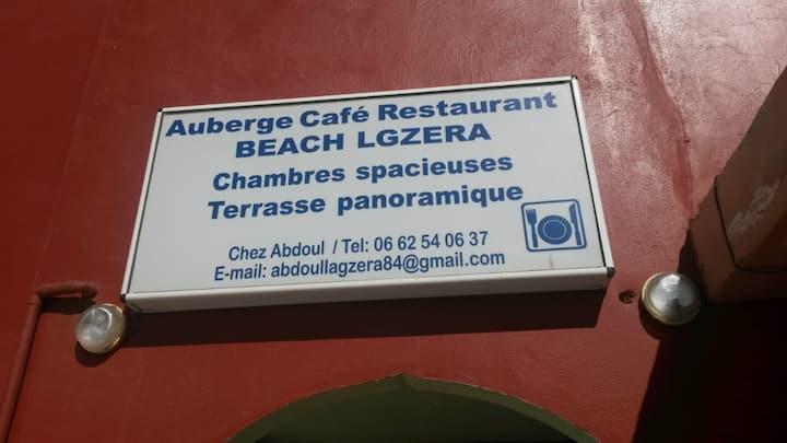Auberge Legzira beach