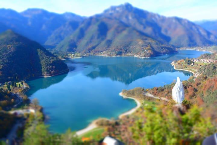 Casa Besta vista lago